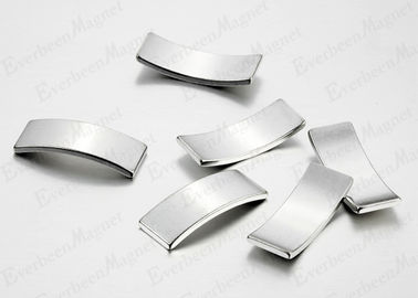 China N52 Neodymium Segment Magnets Anti - Rust Low Working Temperature Max Energy Output distributor